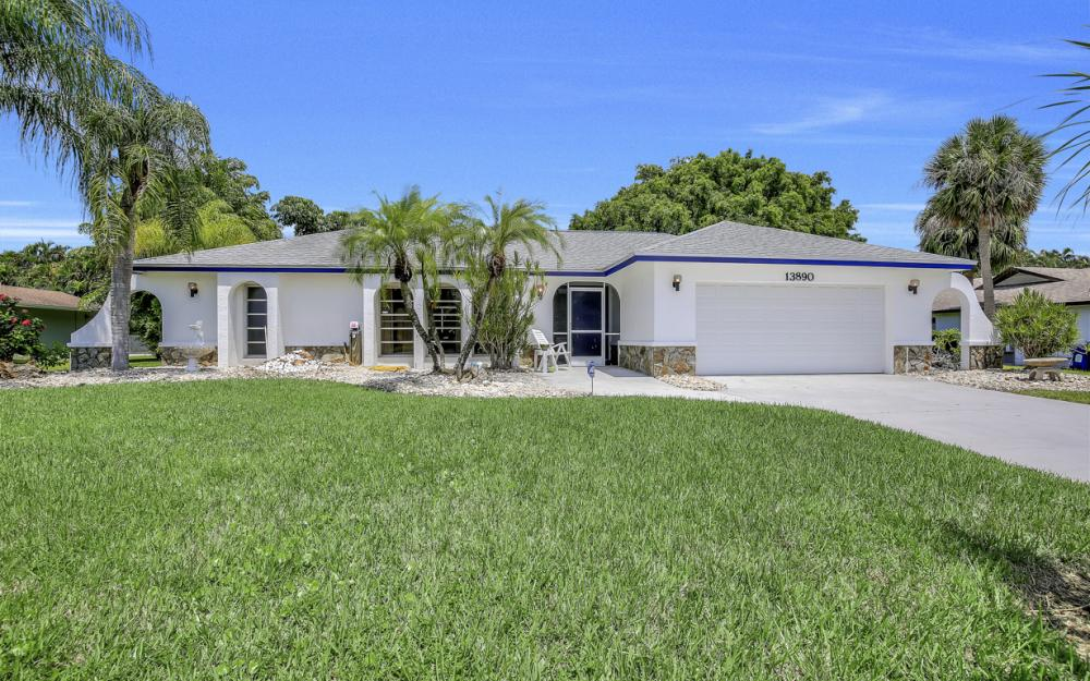 13890 McGregor Blvd, Ft Myers - Home For Sale 1484883827