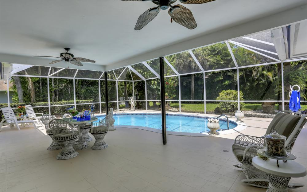 13890 McGregor Blvd, Ft Myers - Home For Sale 244586228