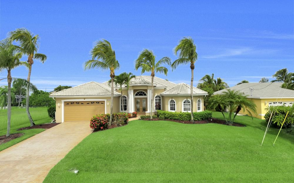 4001 SW 26th Ct, Cape Coral - Vacation Rental 1863102737