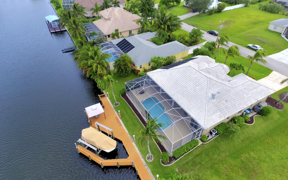 4001 SW 26th Ct, Cape Coral - Vacation Rental 440210775