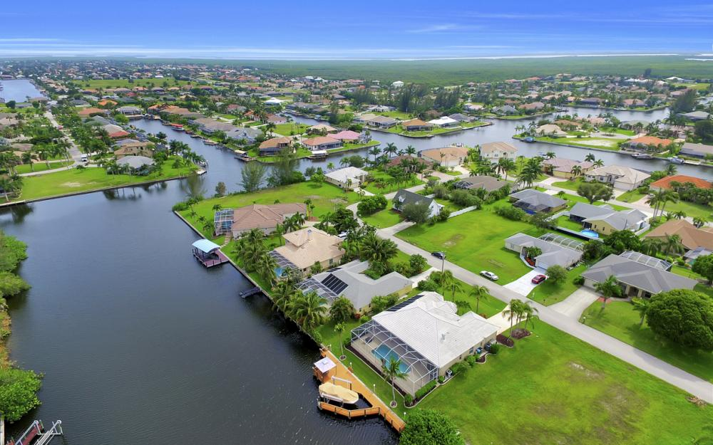 4001 SW 26th Ct, Cape Coral - Vacation Rental 1656758596