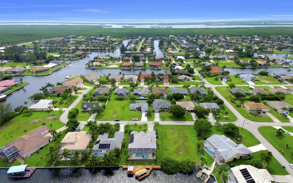 4001 SW 26th Ct, Cape Coral - Vacation Rental 1190049914