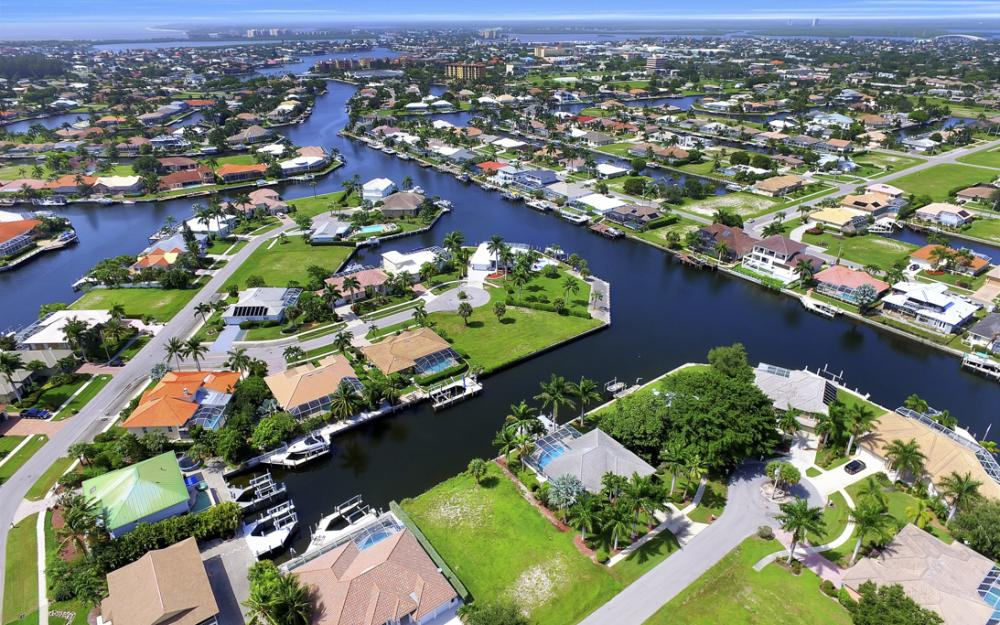 920 Ivory Ct, Marco Island - Lot For Sale 198093453