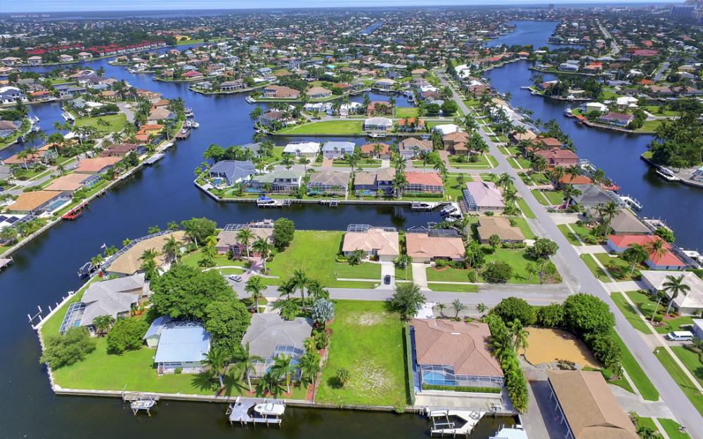 920 Ivory Ct, Marco Island - Lot For Sale 689768455