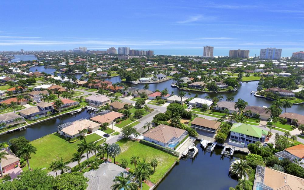 920 Ivory Ct, Marco Island - Lot For Sale 1085291991