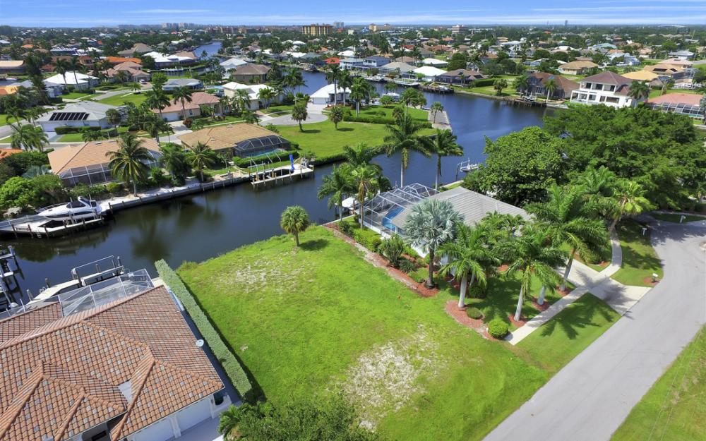 920 Ivory Ct, Marco Island - Lot For Sale 169705711