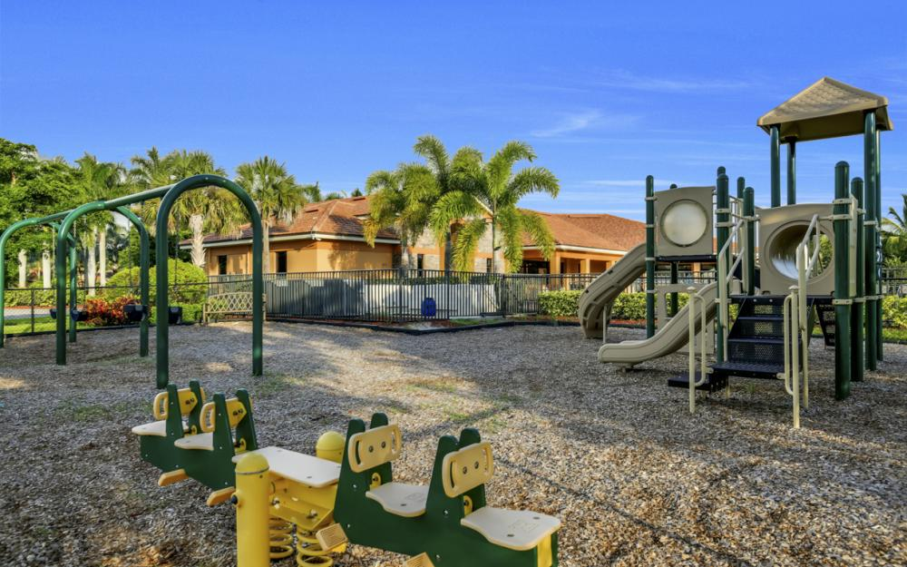 9472 River Otter Dr, Fort Myers - Home For Sale 1628984876