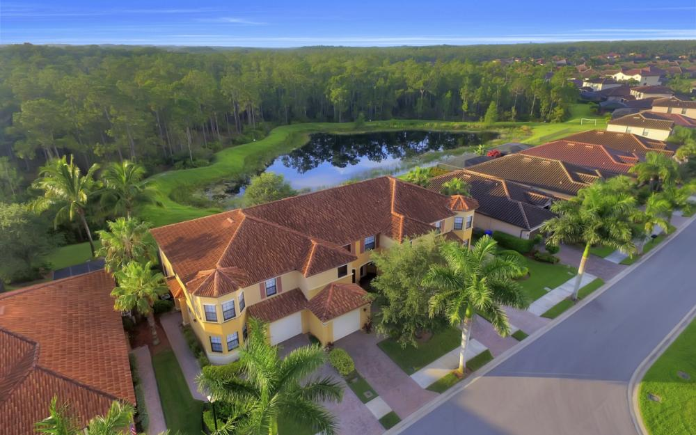 9472 River Otter Dr, Fort Myers - Home For Sale 491152572