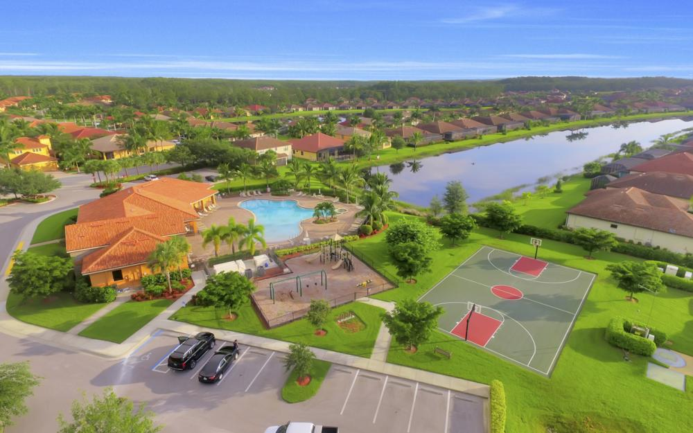 9472 River Otter Dr, Fort Myers - Home For Sale 1268968280