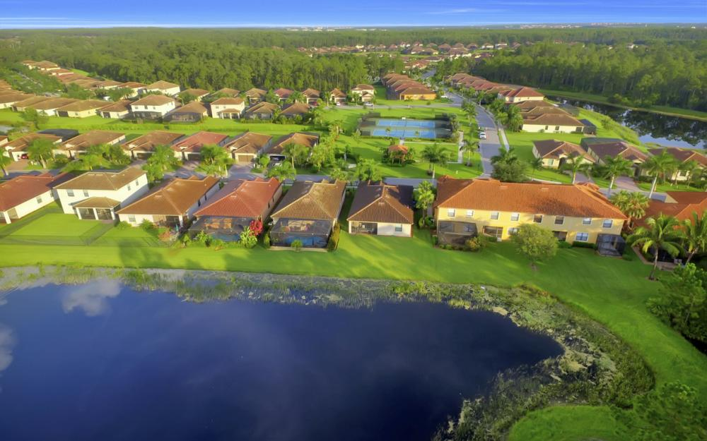 9472 River Otter Dr, Fort Myers - Home For Sale 1709785166