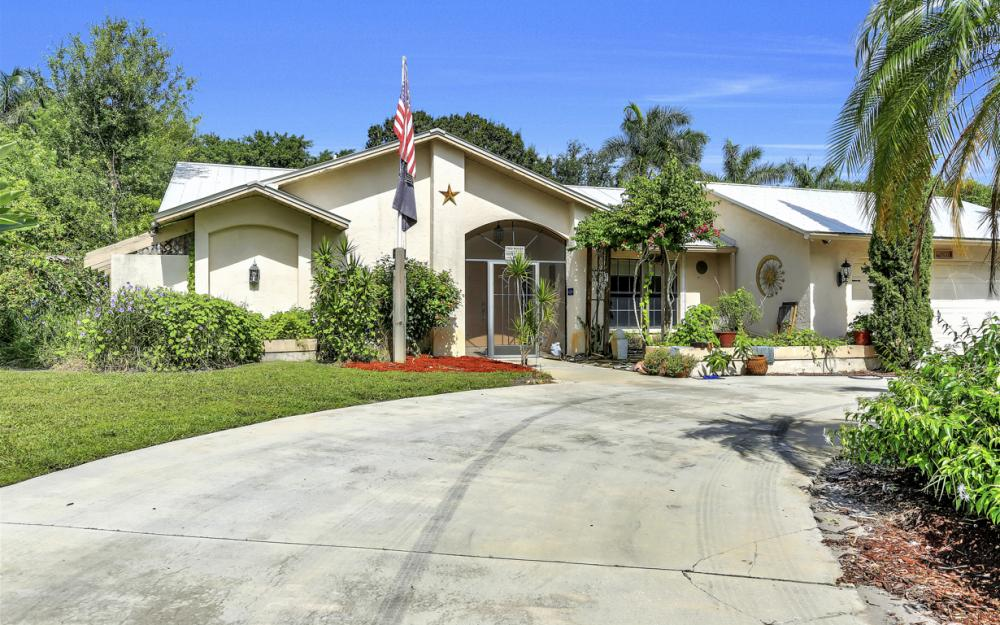 4071 Belair Ln, Naples - Home For Sale 930942425