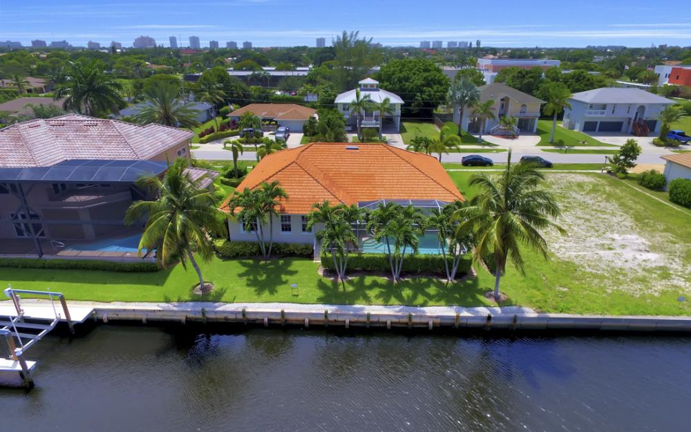 119 Greenview St, Marco Island - Home For Sale 1904202368