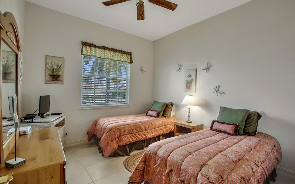 119 Greenview St, Marco Island - Home For Sale 480980071