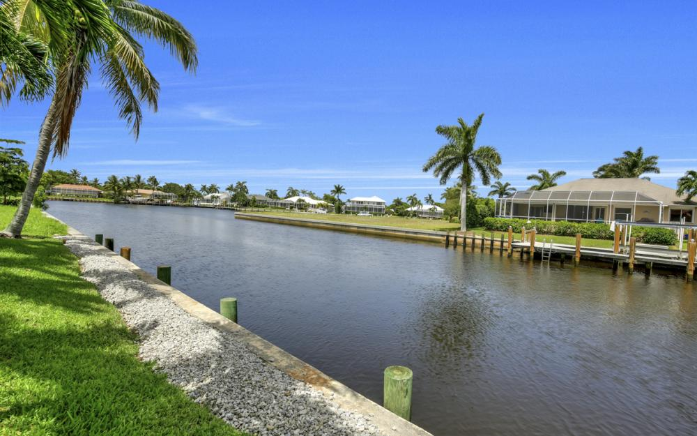 119 Greenview St, Marco Island - Home For Sale 684178075