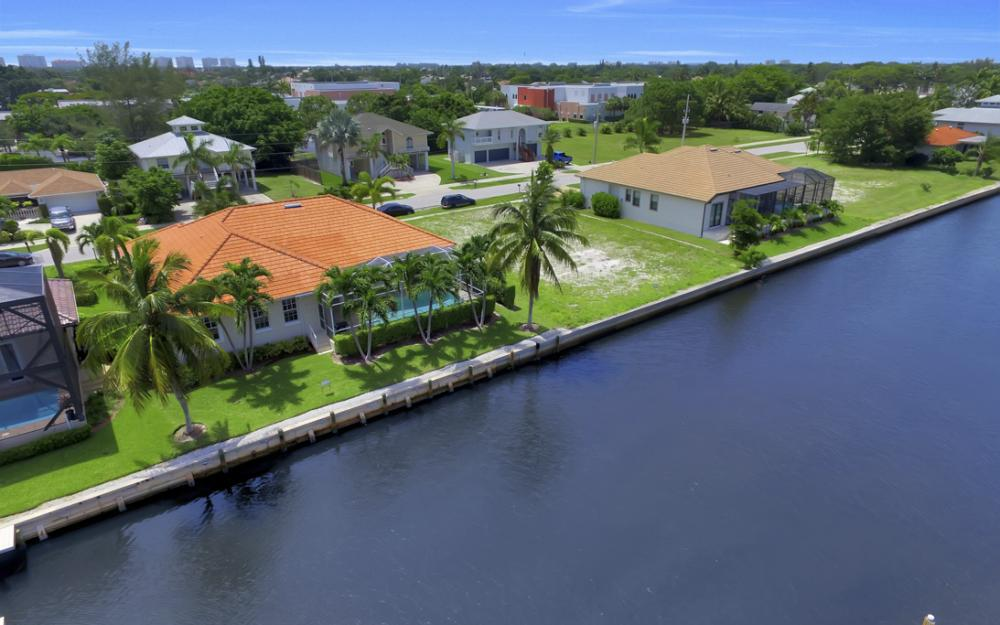 119 Greenview St, Marco Island - Home For Sale 1032183524