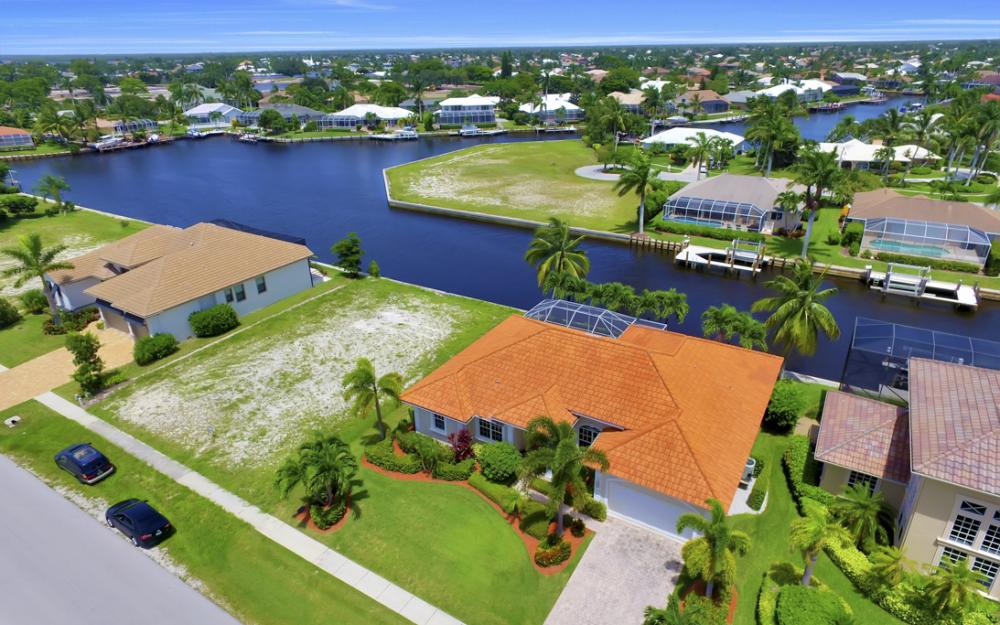 119 Greenview St, Marco Island - Home For Sale 703228727
