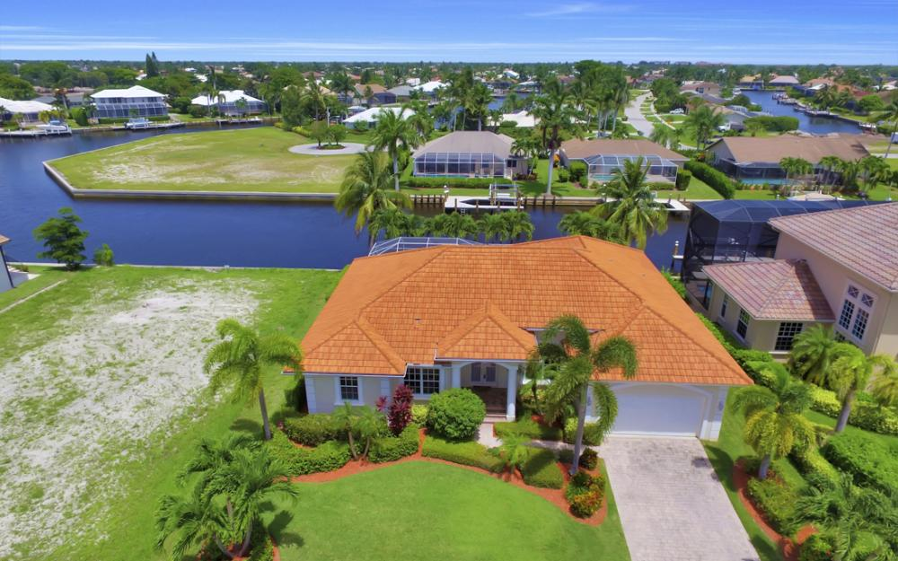 119 Greenview St, Marco Island - Home For Sale 483875541