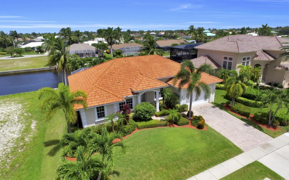 119 Greenview St, Marco Island - Home For Sale 1694268055