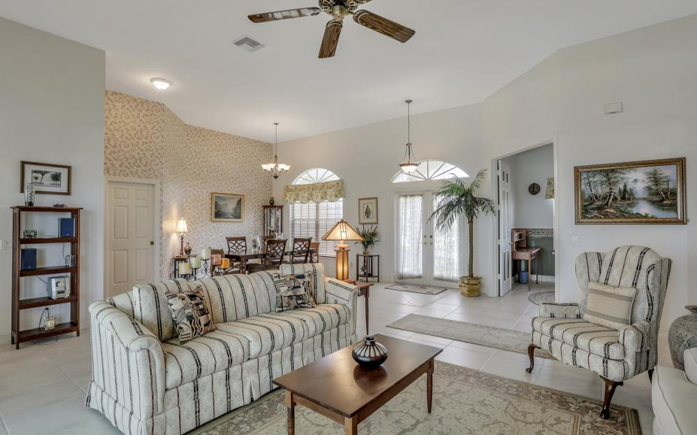 119 Greenview St, Marco Island - Home For Sale 14610058