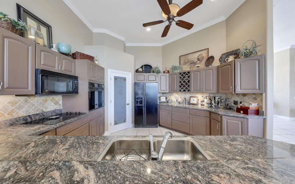 1490 Winterberry Dr, Marco Island - Home For Sale 1889920334