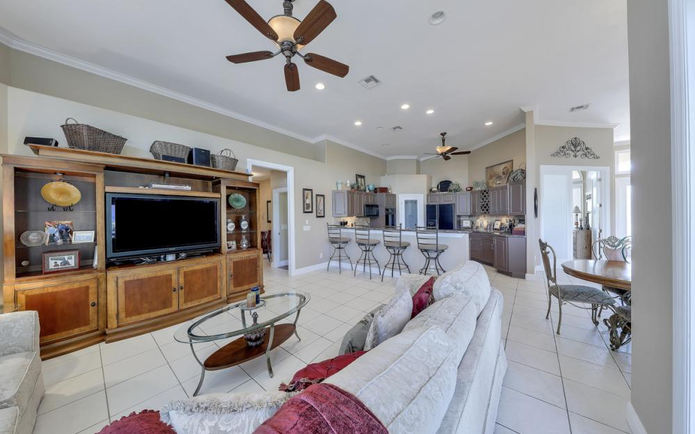 1490 Winterberry Dr, Marco Island - Home For Sale 424841869