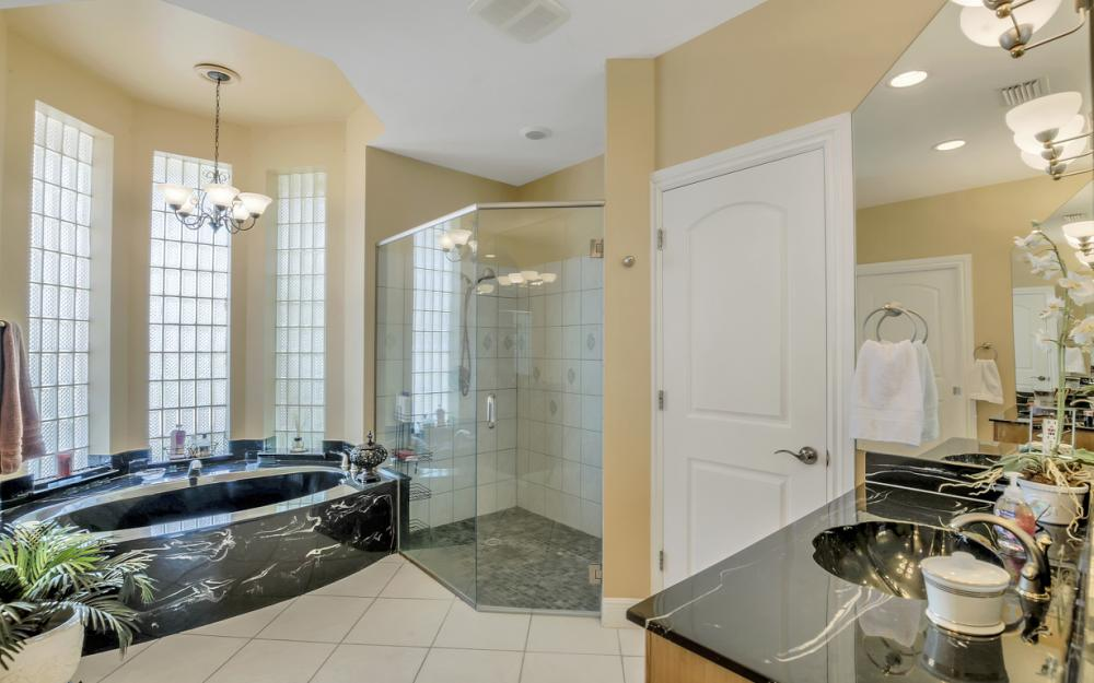 1490 Winterberry Dr, Marco Island - Home For Sale 88547904
