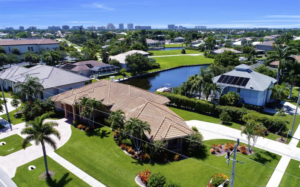 1490 Winterberry Dr, Marco Island - Home For Sale 741669537