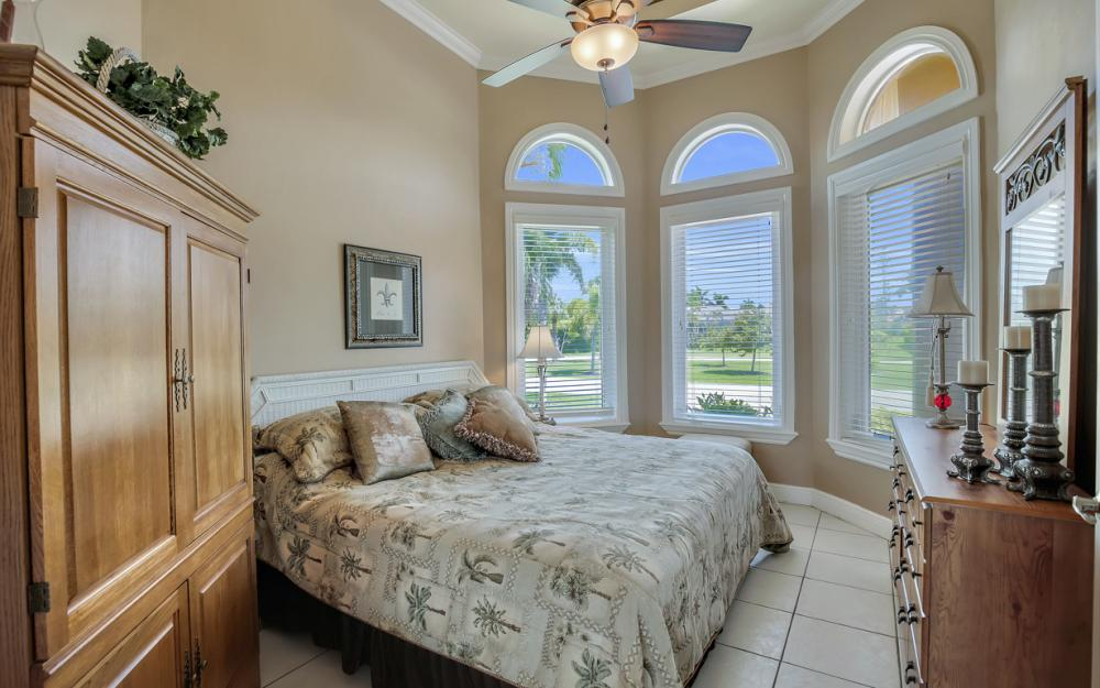 1490 Winterberry Dr, Marco Island - Home For Sale 1997216977