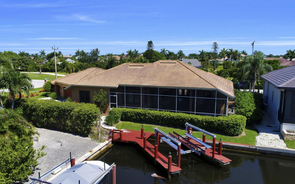 1490 Winterberry Dr, Marco Island - Home For Sale 1125460653