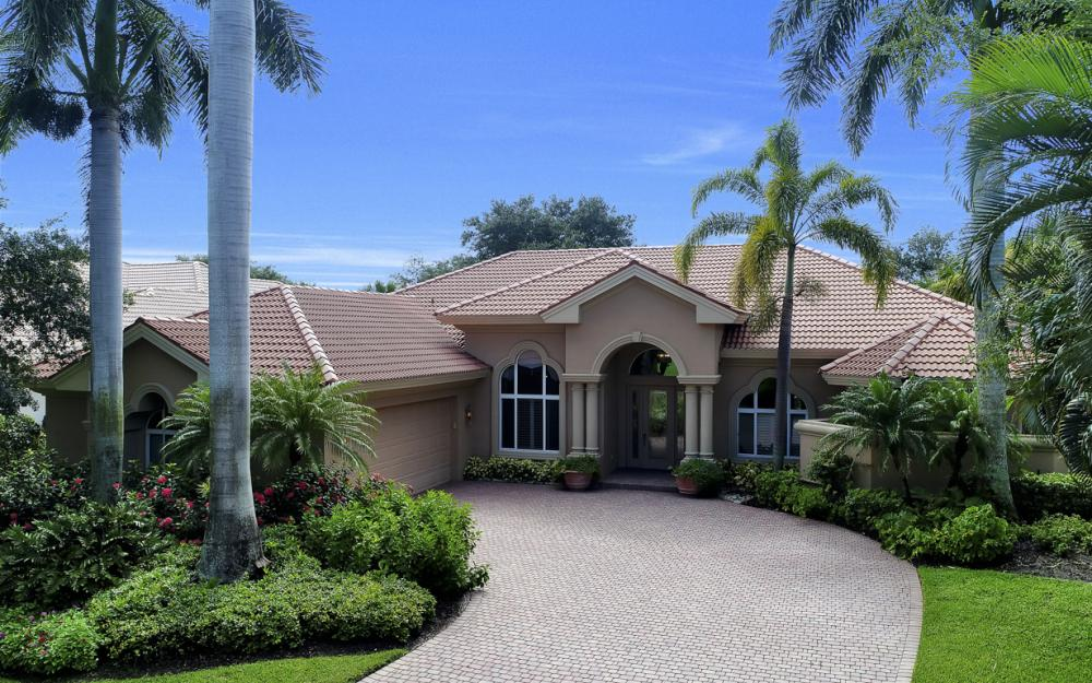 22973 Shady Knoll Dr, Bonita Springs - Home For Sale 2122233974