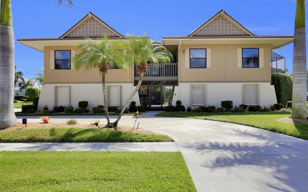 651 Partridge Ct, Marco Island - Home For Sale  10459592