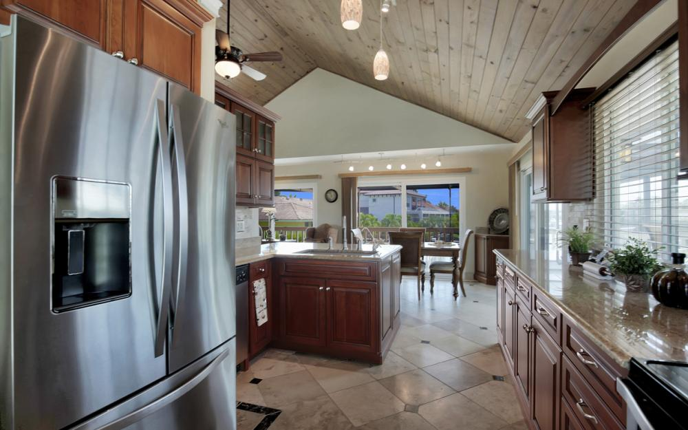 651 Partridge Ct, Marco Island - Home For Sale  305990503
