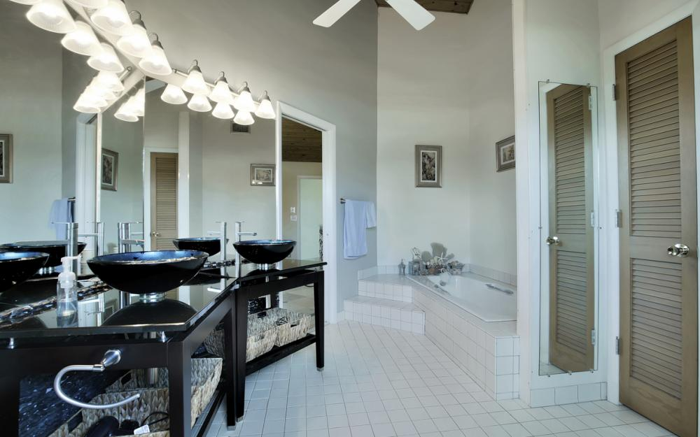 651 Partridge Ct, Marco Island - Home For Sale  2051225711