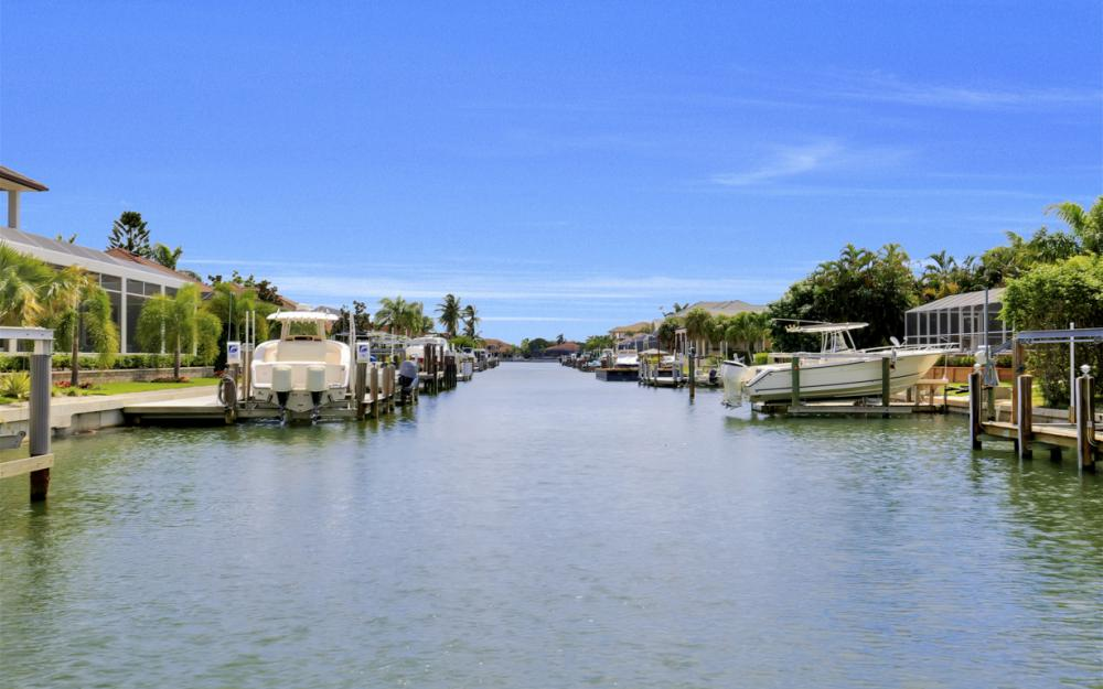 651 Partridge Ct, Marco Island - Home For Sale  2009712067