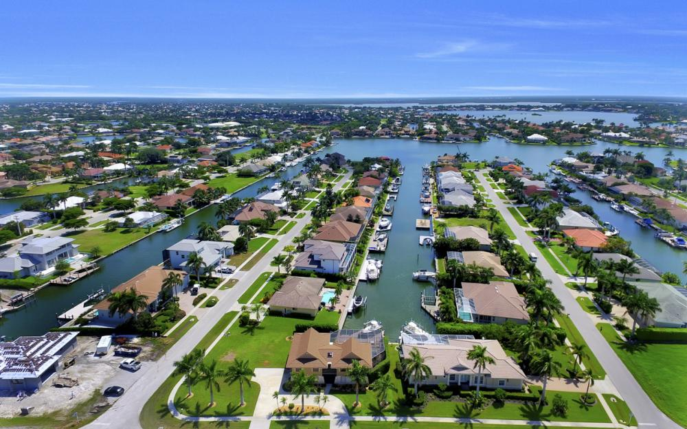 651 Partridge Ct, Marco Island - Home For Sale  7090586
