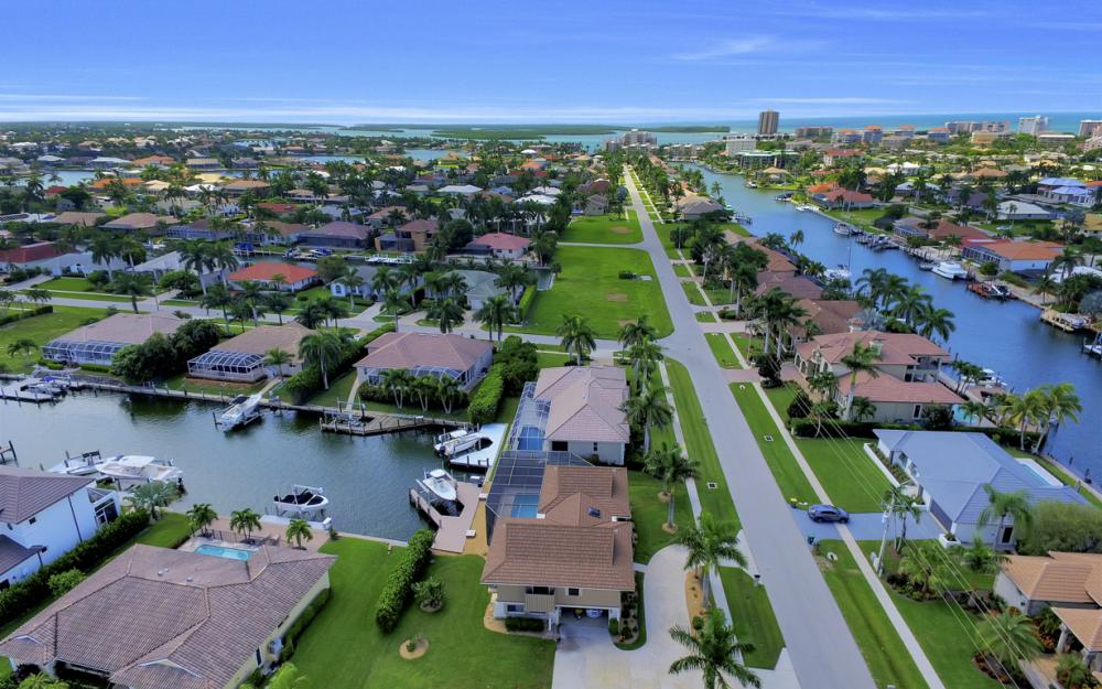 651 Partridge Ct, Marco Island - Home For Sale  122101575