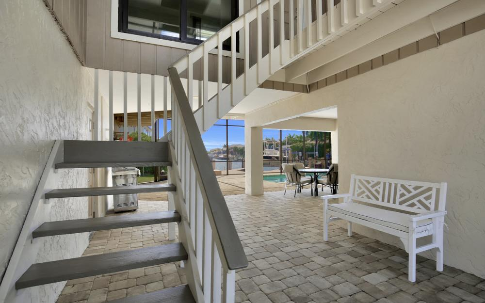 651 Partridge Ct, Marco Island - Home For Sale  219655359