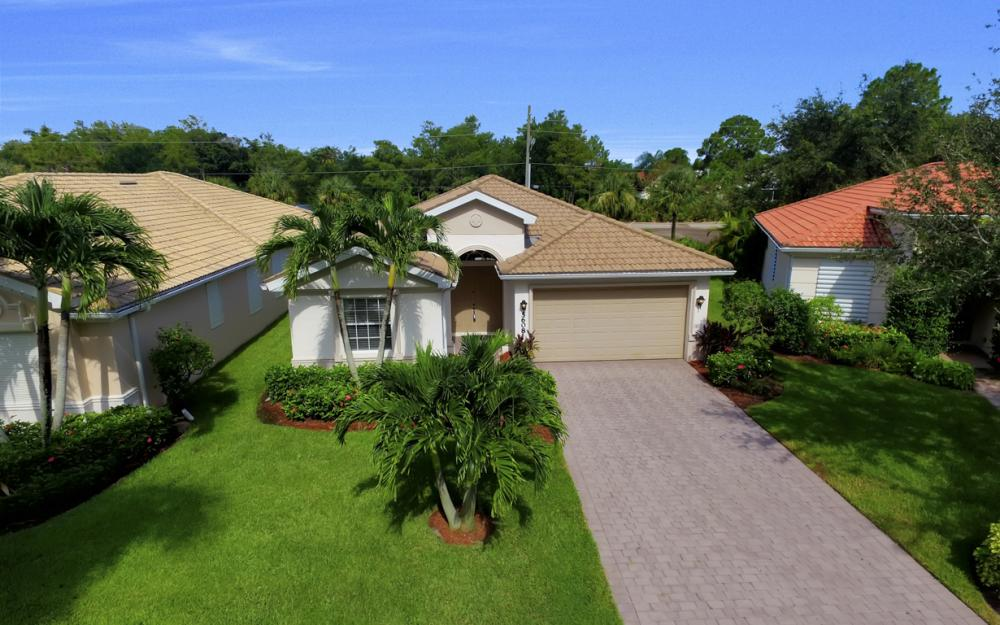 5608 Lago Villaggio Way, Naples - Home For Sale  1333390050