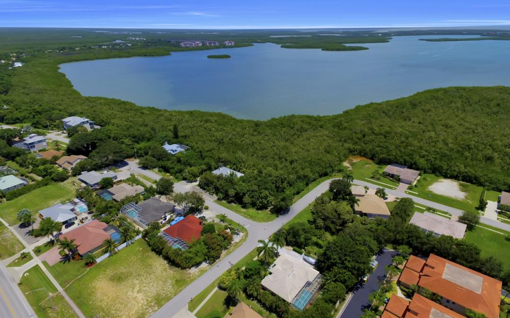 102 Covewood Ct, Marco Island - Home For Sale  377409541