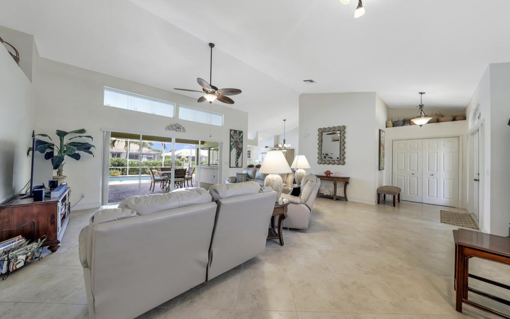 1143 Lighthouse Ct, Marco Island - Home For Sale  2009902057