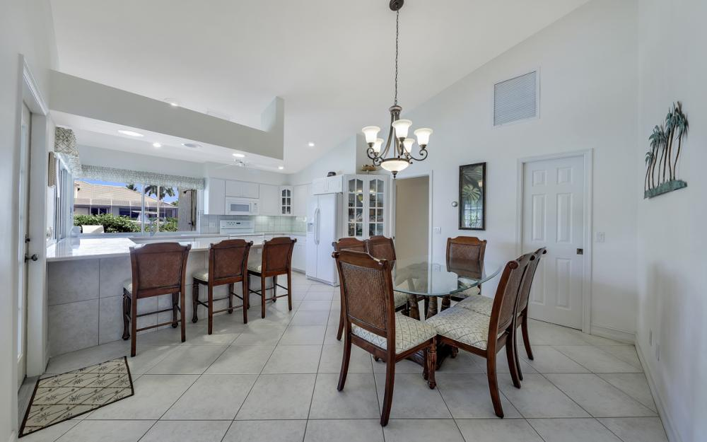 1143 Lighthouse Ct, Marco Island - Home For Sale  594498710