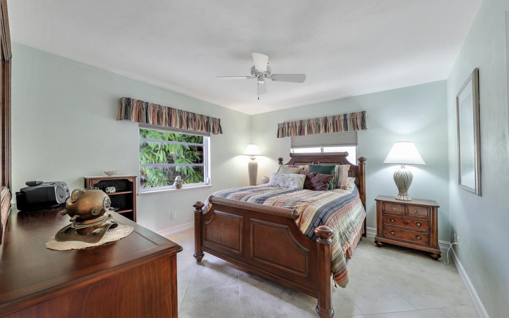 1143 Lighthouse Ct, Marco Island - Home For Sale  1316910575