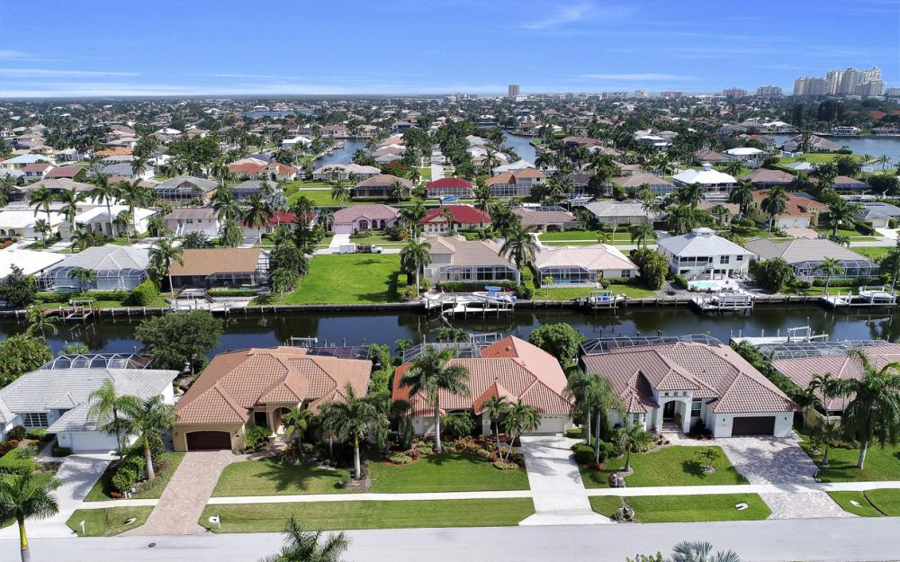 1143 Lighthouse Ct, Marco Island - Home For Sale  1102576839