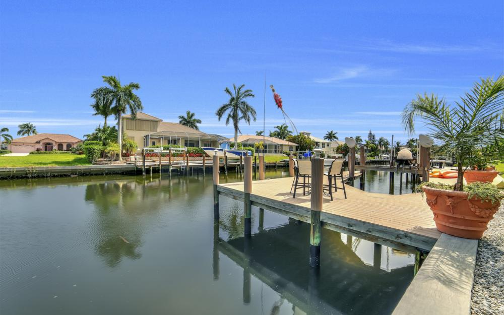 1143 Lighthouse Ct, Marco Island - Home For Sale  333784001