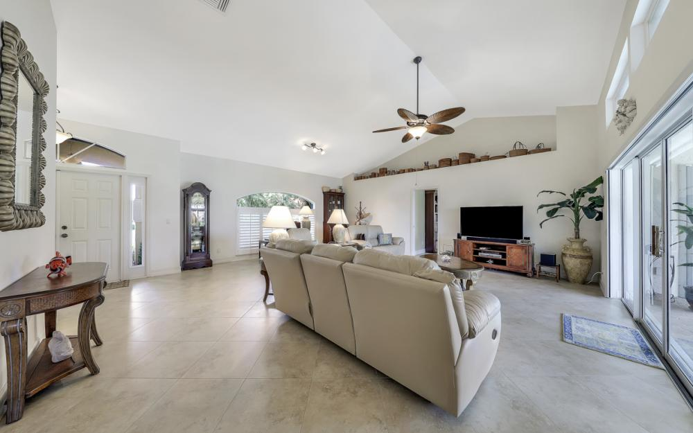 1143 Lighthouse Ct, Marco Island - Home For Sale  1936822258