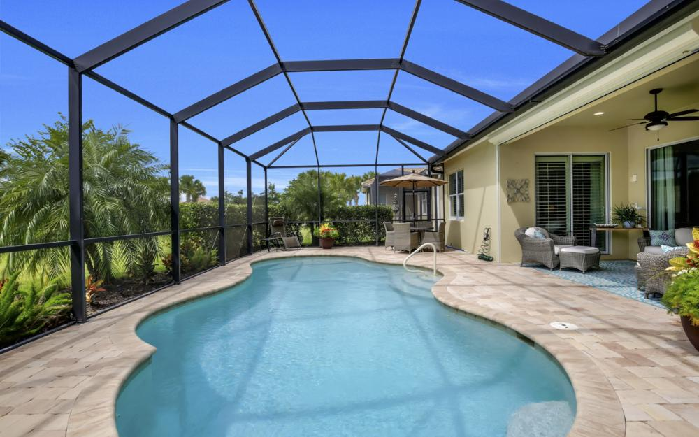 9062 Limestone Ln, Naples - Home For Sale 42852050