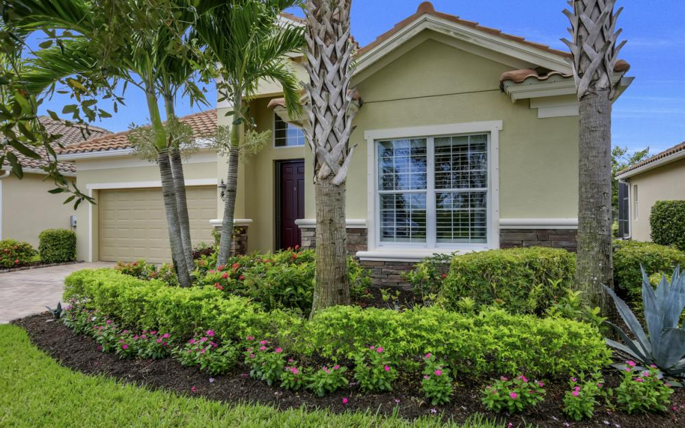 9062 Limestone Ln, Naples - Home For Sale 709499828