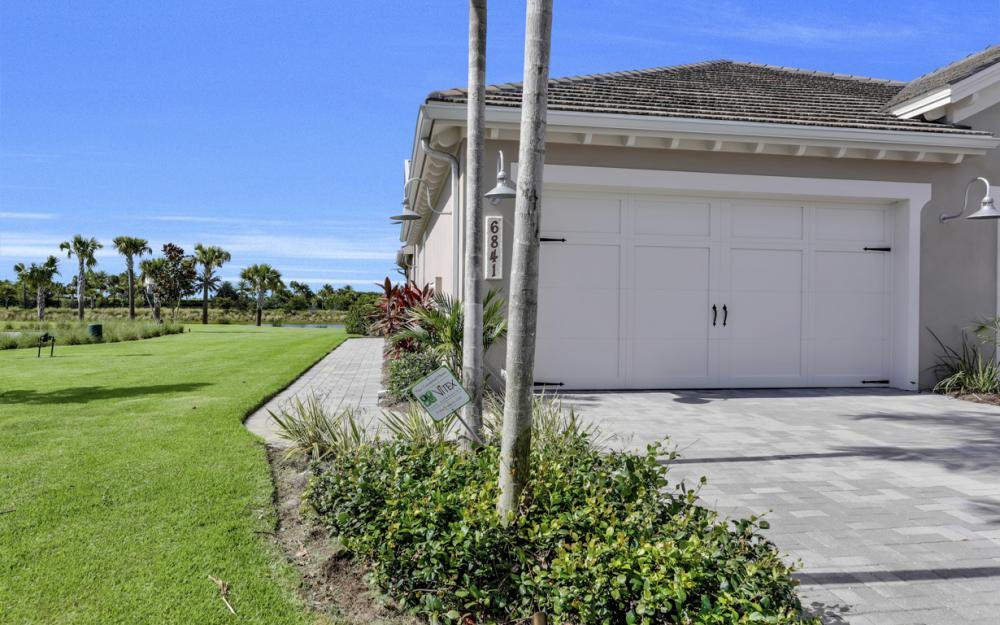 6841 Bequia Way, Naples - Home For Sale 525418404
