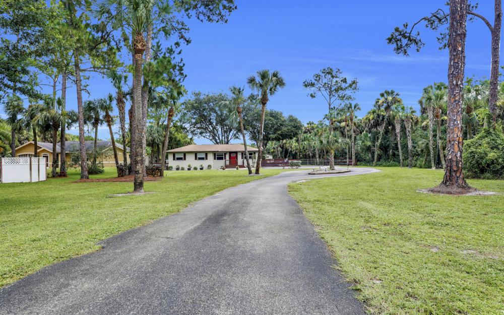 1780 23rd St SW, Naples - Home For Sale 1732166108