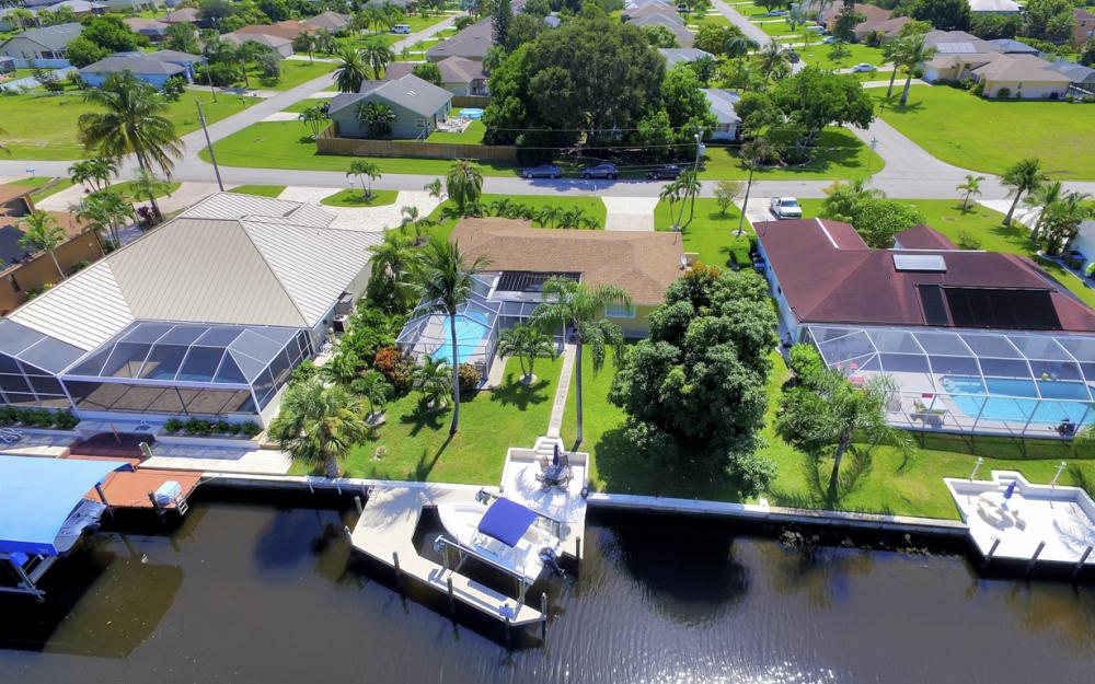 4520 SW 12th Pl, Cape Coral - House For Sale 469241155